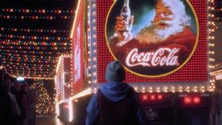 Coca-Cola vuelve atrás en el tiempo para felicitar la Navidad