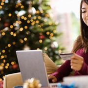 Los españoles comprarán más online esta Navidad