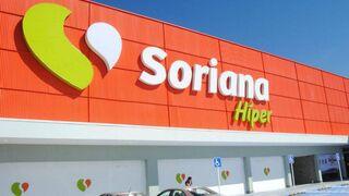 Fachada de un hipermercado Soriana en México