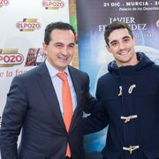 ElPozo se 'calza los patines' por Javier Fernández