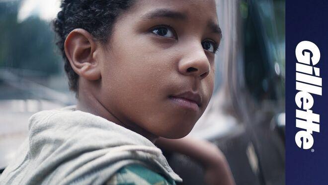 Gillette carga contra la 'masculinidad tóxica'... y le llueven las críticas