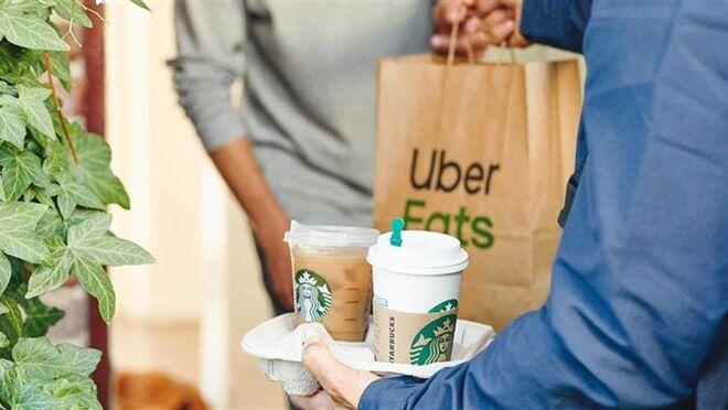 Starbucks y Uber Eats se alían para servir a domicilio