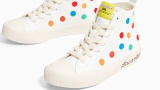 Los Lacasitos saltan al textil y se convierten en calzado para Zara