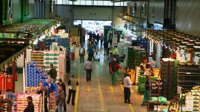 La caída del turismo merma la demanda de la restauración en los mercados mayoristas