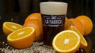 Cruzcampo experimenta nuevos sabores: cacao y naranja para sus cervezas