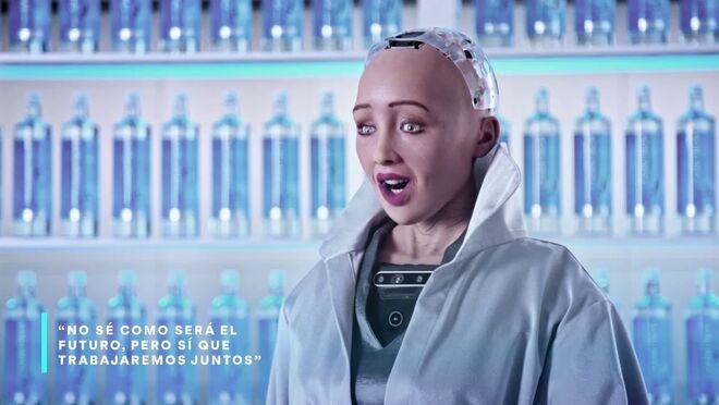 """""""Mi razón de ser como robot es ayudaros, no superaros"""""""