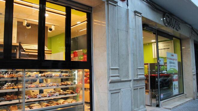 Supermercados MAS amplía su negocio en Sevilla