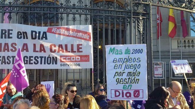 Dia y los sindicatos pactan un ERE con 1.604 despidos