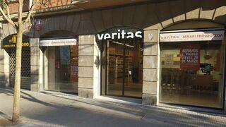 Veritas estrena su tercer supermercado en Bilbao