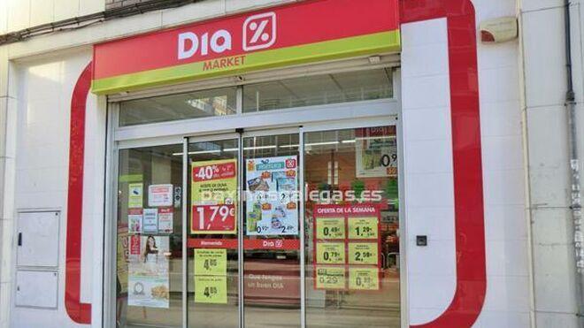 Dia comienza a soltar lastre y vende 23 tiendas a El Jamón