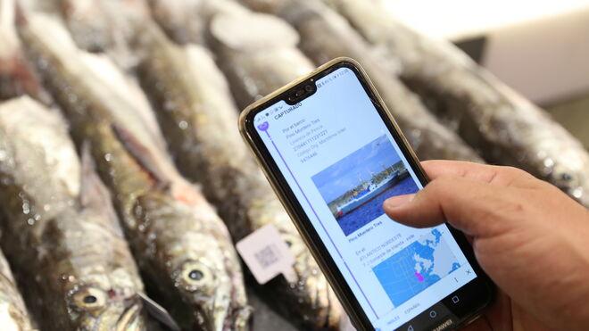 Carrefour dispara su blockchain y alcanza el pescado fresco