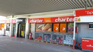 Charter inaugura su primer supermercado de Jaén