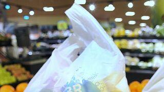 Caprabo estrena bolsas más sostenibles certificadas