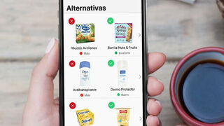 Los españoles, enganchados a escanear productos y evaluar su impacto en la salud