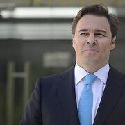 Dimas Gimeno vende sus acciones de El Corte Inglés y retira sus demandas contra las hermanas Álvarez