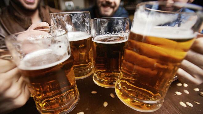 Las cerveceras arrancan su temporada alta: el verano concentra el 31% del consumo