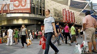 Rebajas de verano: estas son las previsiones de afluencia a los centros comerciales