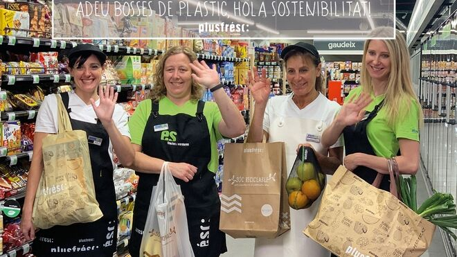 Plusfresc avanza en la eliminación de sus bolsas de plástico