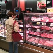 """Agricultores y ganaderos alertan del """"estancamiento"""" del consumo de alimentos"""
