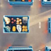 El supermercado subterráneo que entrega los pedidos en una hora