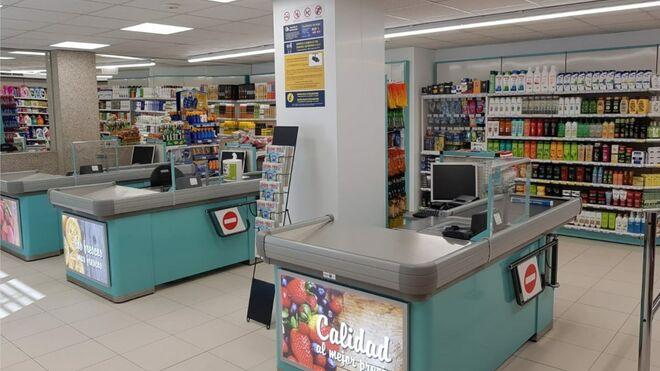 Froiz reforma su supermercado de Ferrol