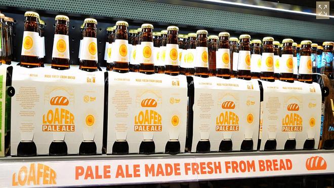 La brillante idea de un súper australiano: elaborar cerveza con el pan que no vende
