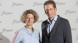Martina Obregón y Ferran Sostres ascienden en la cúpula de Freixenet