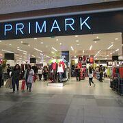 Sanidad ordena retirar dos cosméticos de Primark contaminados