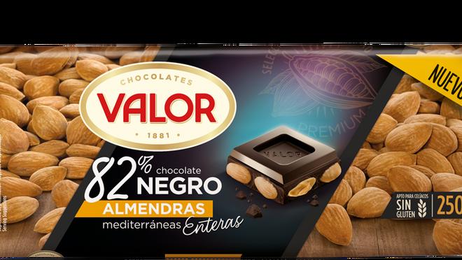 Valor lanza su Chocolate Negro 82% con almendras