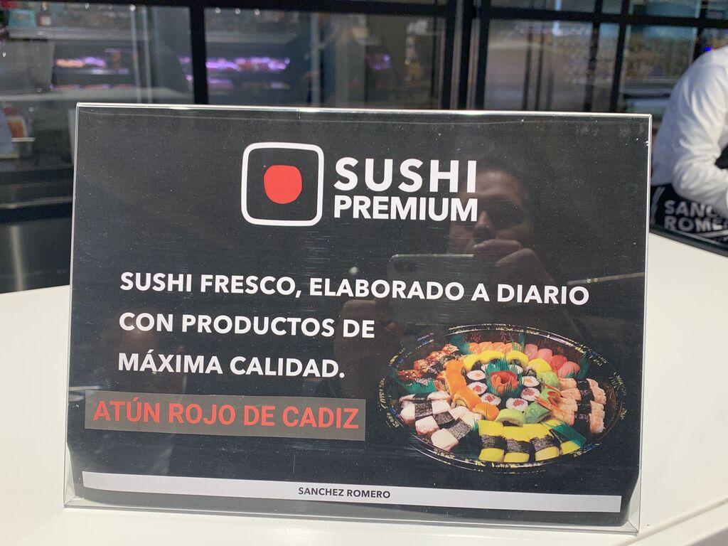 Sushi Premium. También hay poke hawaiano.