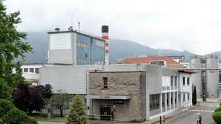 La fábrica de Nestlé en Cantabria producirá los nuevos bombones de la marca