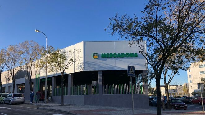 Mercadona abre dos nuevos supermercados eficientes en Madrid y Tenerife