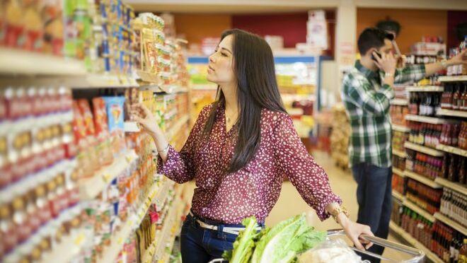 9 de cada 10 mujeres se ocupan de hacer la compra