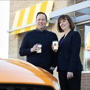 Sostenibilidad: convertir café en componentes de coche