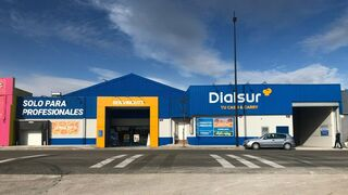 Dialsur destina 1 millón de euros a la reforma de su centro de Gandía (Valencia)