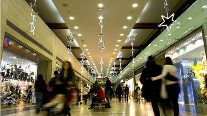 Las visitas al centro comercial suben en diciembre pero no salvan el año