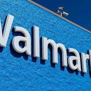 Alarma en un súper Walmart donde una mujer fabricaba una bomba