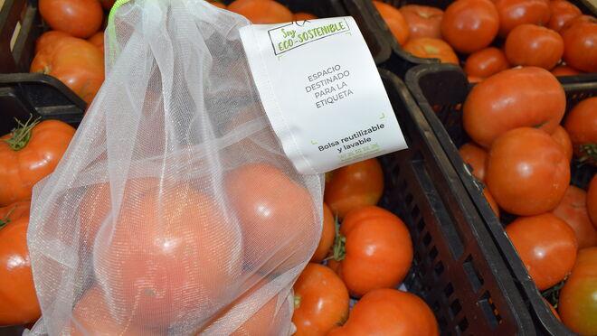 Hiperber incorpora bolsas reutilizables en su sección de frutas y verduras
