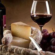 El consumo de bebidas espirituosas y vino se dispara en los hogares españoles