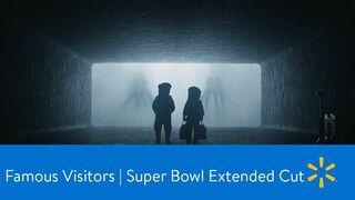 Walmart llena el supermercado de aliens para la Super Bowl 2020