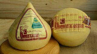 Sanidad alerta de quesos y gominolas con riesgo para el consumo