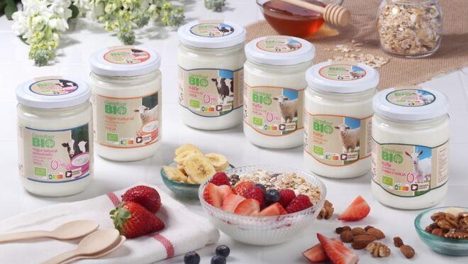 Carrefour amplía su gama de yogures ecológicos