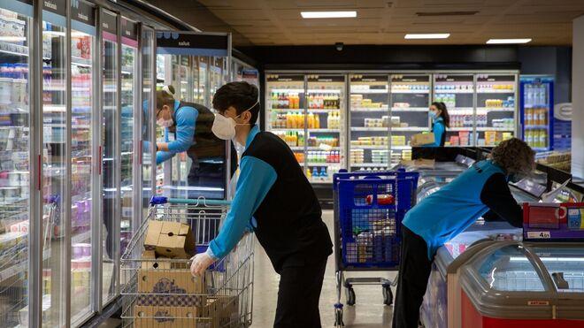 """Alimentación y ecommerce acusarán un """"impacto moderado"""" por el coronavirus"""