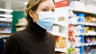 Las grandes cadenas de supermercados se lanzan a la venta de mascarillas