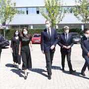 Los reyes visitan el Centro de Distribución de Coslada (Madrid), clave logística durante la pandemia