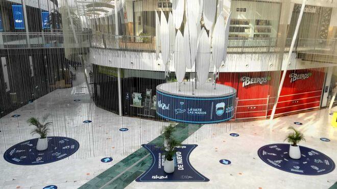 Los centros comerciales abren sus puertas garantizando la seguridad