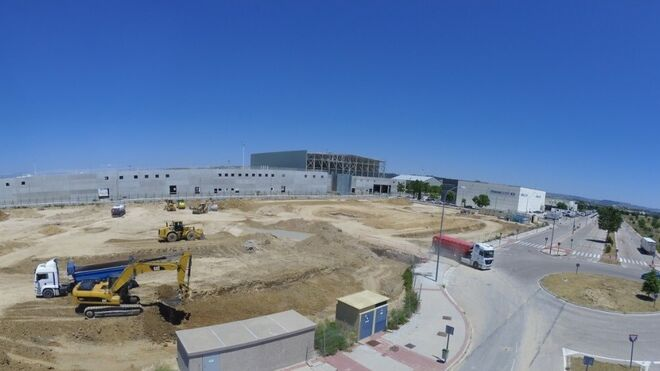 Correos reanuda las obras de su centro logístico internacional
