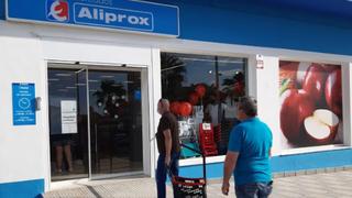 Eroski crece con nuevas tiendas  en Torreguadiaro (Cádiz) y La Cabrera (Madrid)