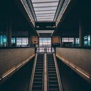 La importancia de la seguridad en aeropuertos de sus pasajeros y equipajes, incluidos alimentos