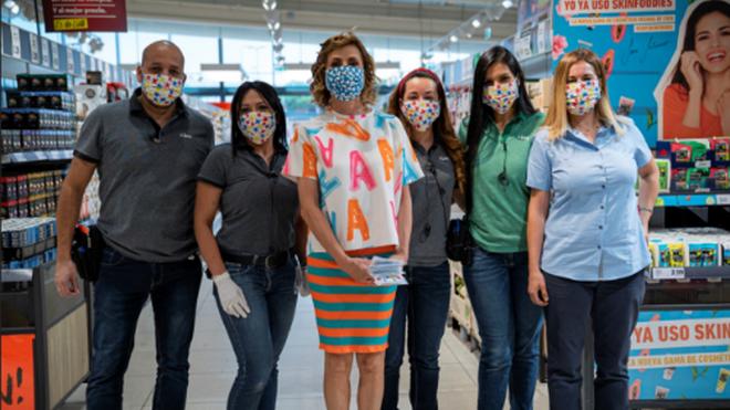 Lidl pone a la venta las mascarillas diseñadas por Agatha Ruiz de la Prada